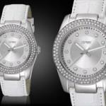 Esprit Damenuhr weiß 58 Prozent günstiger
