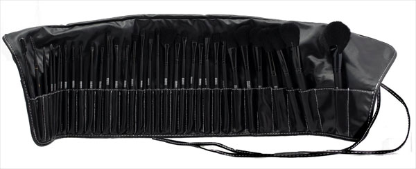 Oramics Kosmetik Pinsel Set Rolltasche 50 Prozent günstiger Pinsel